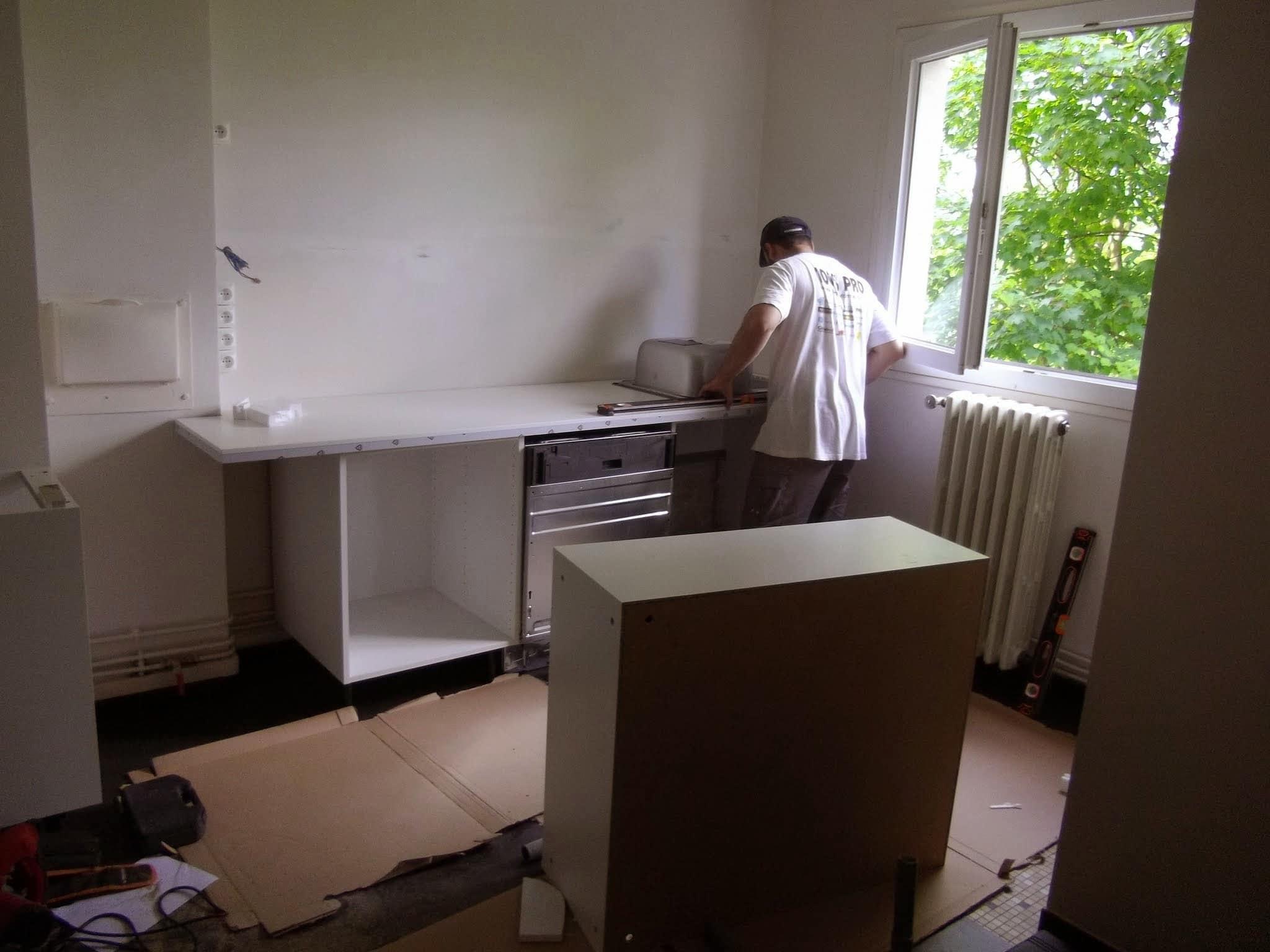 avaux-renovation-interieure-motrntage-pose-cuisine-equipee-cuisiniste-poseur-menuisier-94-val_de_marne-ile_de_france-saber_multi_services (4)